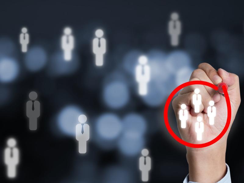 Persona vs. Público-alvo: entenda a diferença entre eles e como descobrir e aplicá-los em seu negócio